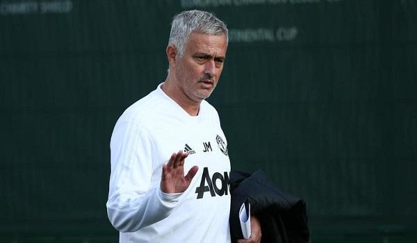 Muhren cho rằng Mourinho làm việc không bằng một người tiền nhiệm