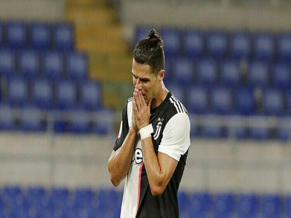 Ronaldo đã cân nhắc chuyện giải nghệ