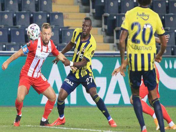 Soi kèo Antalyaspor vs Fenerbahce, 00h00 ngày 3/11 - VĐQG Thổ Nhĩ Kỳ