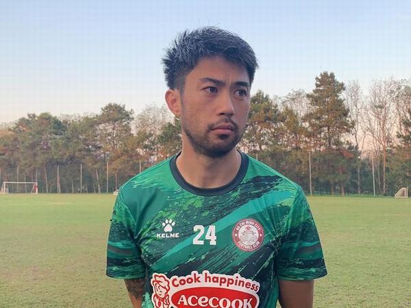 Bóng đá Việt Nam 2/4: Lee Nguyễn bỏ ngỏ khả năng ra sân vì chấn thương