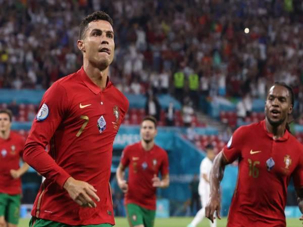 Tổng hợp tin bóng đá 24/6: Tuyển Pháp là khắc tinh của Ronaldo